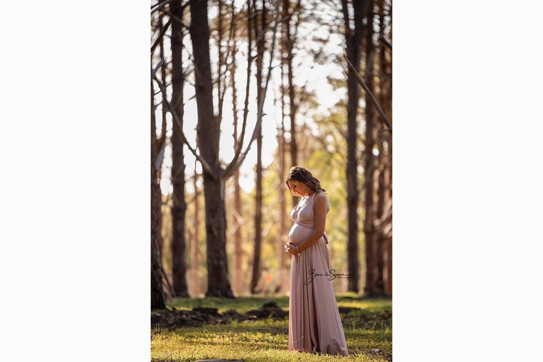 maternity-photoshoot-wanneroo-pines