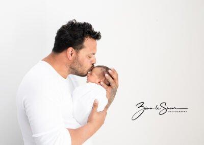 dad-newborn-portrait
