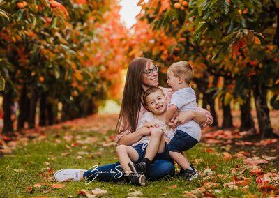 mum-and-her-boys-raeburn-orchards